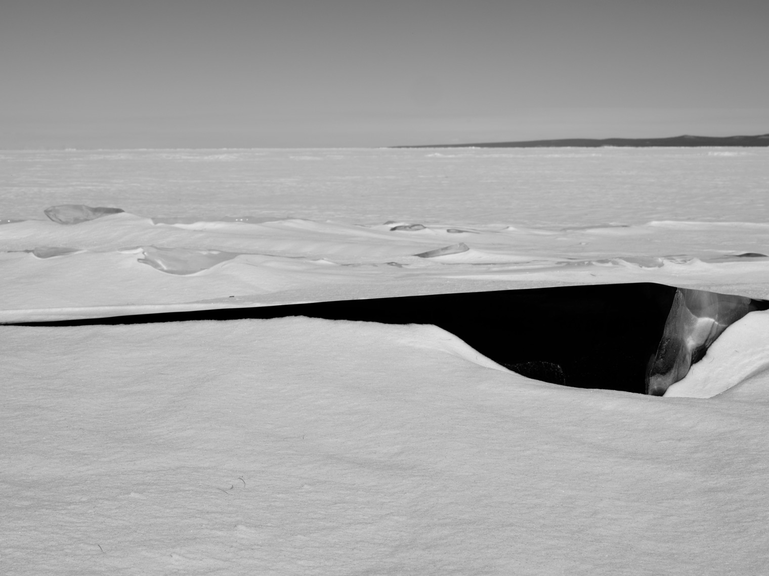 Frozen-Lake-Mongolia47